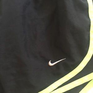 Nike Shorts - Nike Black gym shorts